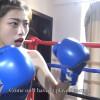 ボディガード美女にボコられるスレンダー女子のボクシング対決 Aoxin VS Xi